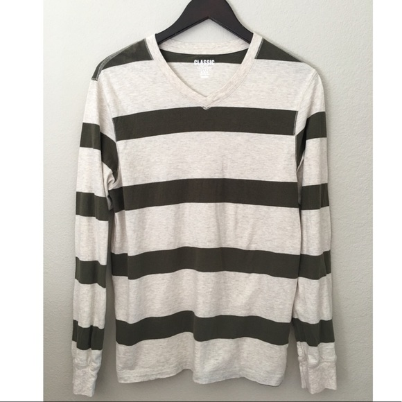 Old Navy Other - Old Navy Classic V-neck long sleeve Tee